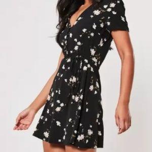 NWT Black Floral Button Through Skater Dress Size6